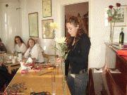 Frukost och floristen Sara Wågbrant lockade många tjejer till Skeppsåsgården-Main