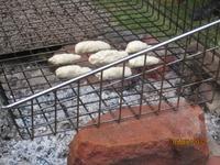 Pinnbröd på elden